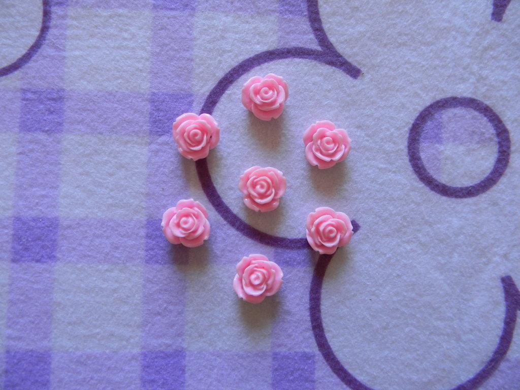 Perle a forma di Rosa rosain lucite SIMIL CORALLO 5 pezzi 20mm circa
