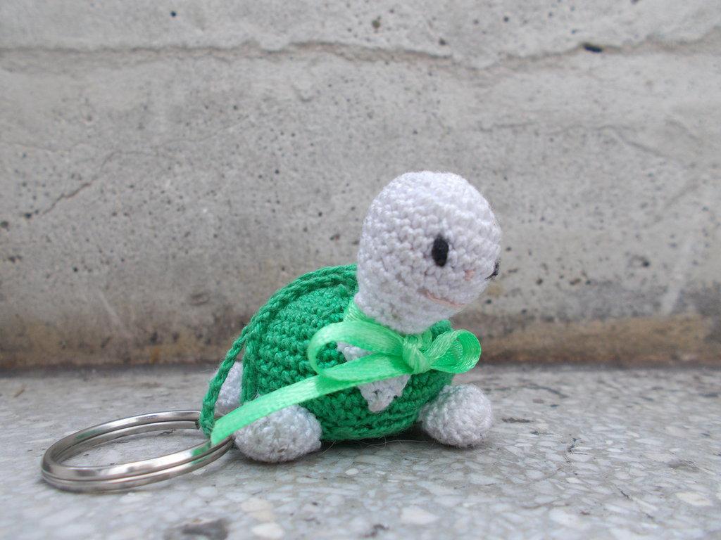 Bomboniera battesimo, prima comunione, cresima tartaruga Amigurumi portachiavi.