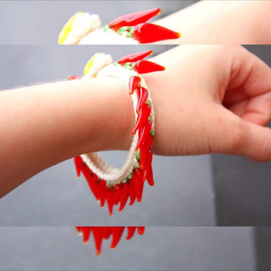 braccialetto portafortuna peperoncini rossi