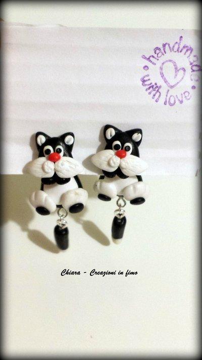 Orecchini da lobo in fimo handmade con Gatto Silvestro miniature idee regalo amica compleanno