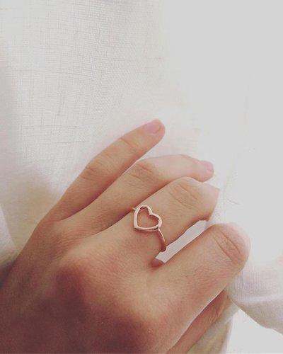 Anello Cuore vuoto in argento rosè