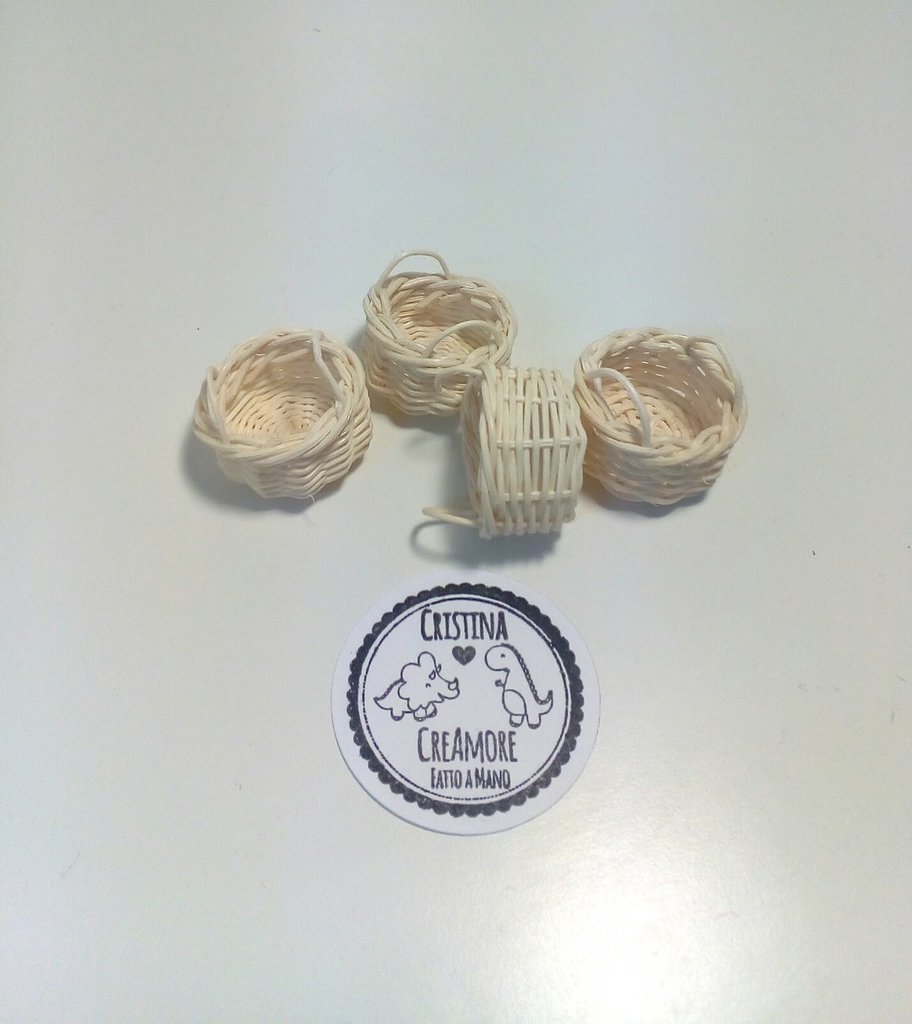 Miniatura cestino rattan