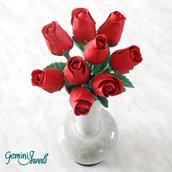Piccolo bouquet di rose, fatto a mano in porcellana fredda