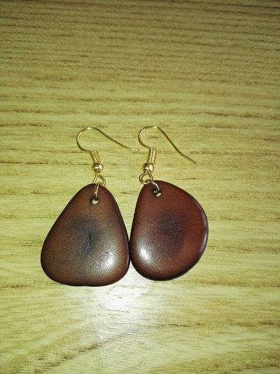 orecchini in tagua