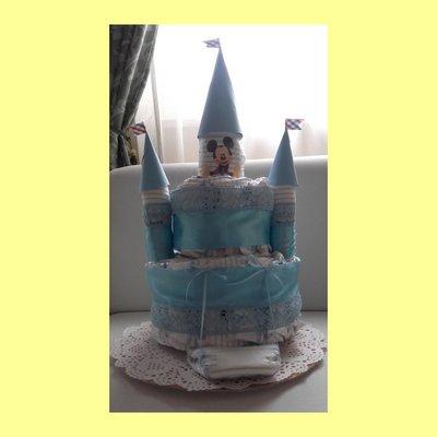 castello di pannolini idea regalo utile neonato battesimo compleanno