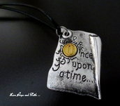 """Charm """"Once upon a time"""" color argento (40x30mm) (cod. new)"""