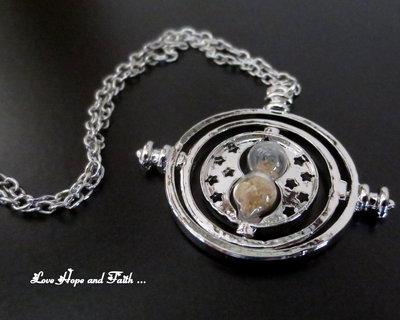 "Charm ""GiraTempo color argento (37x39mm) (cod. new)"