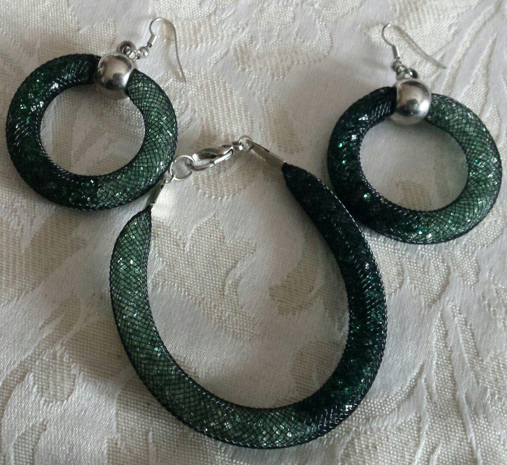 Orecchini e bracciale stardust verde chiaro e scuro