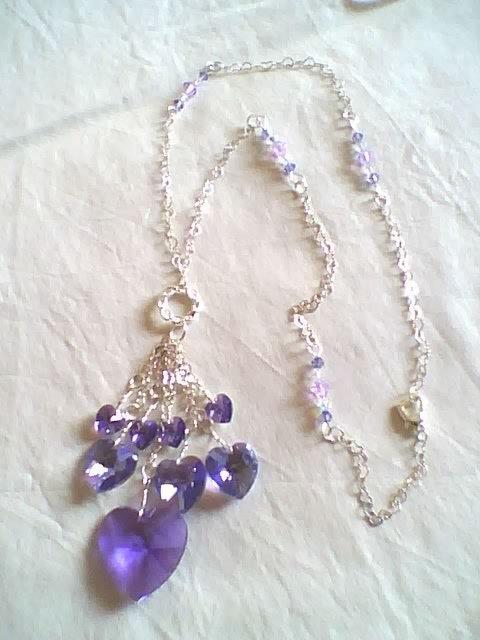 Collana con cuori pendenti Swarovski color Tanzanite AB
