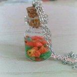 Collana pesciolini in fimo acquario in bottiglietta di vetro