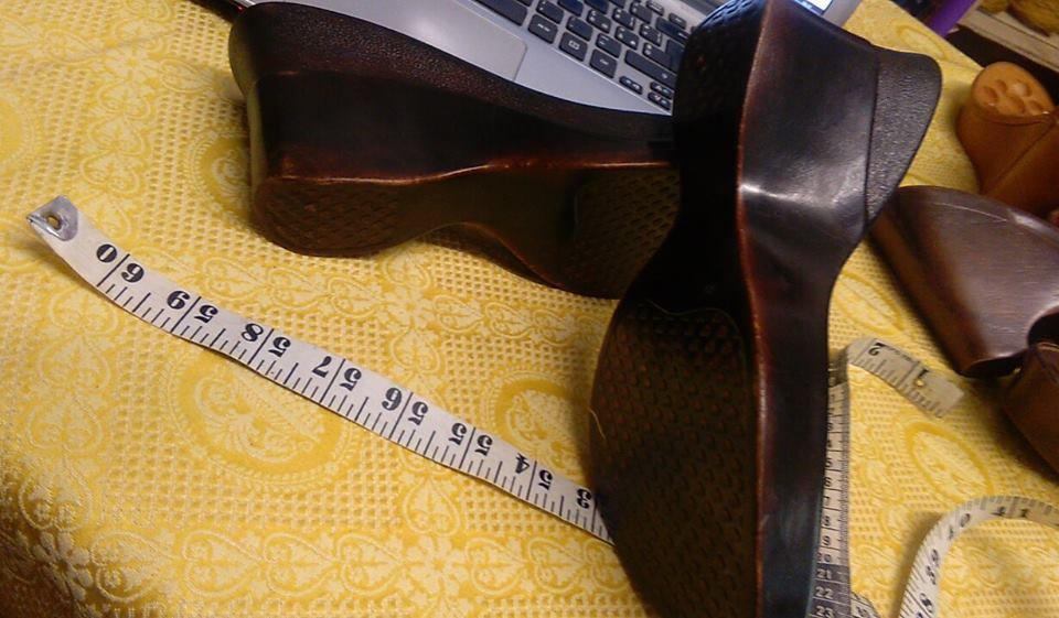 suola marrone scuro effetto legno n 36 cm 24 tacco 8