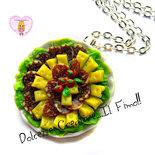 Collana Piatto Antipasto affettati - Salame napoletano, formaggio, insalata e pomodoro
