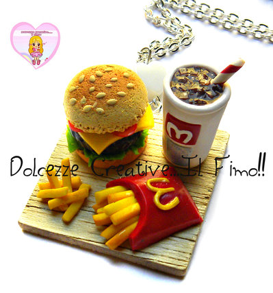 Collana MC Vassoio Hamburger, patatine fritte e cola! - miniature in fimo