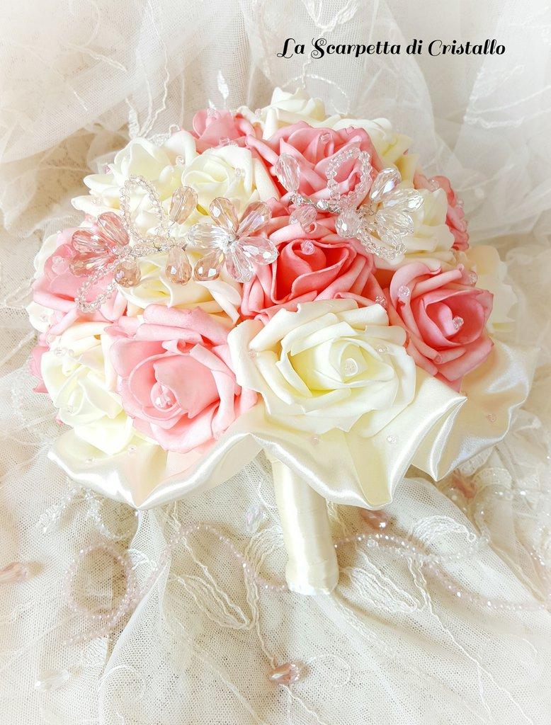 Bouquet rose in foam rosa antico e avorio