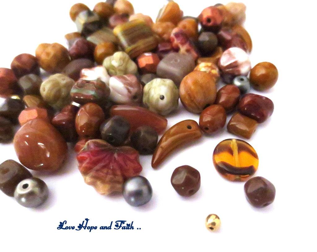 """LOTTO 50 gr perle in vetro di Bohemia """"Metallic Brown"""" (cod.PRECIOSA)"""