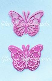 60 farfalle miste in cartoncino (30 piene e 30 intagliate)