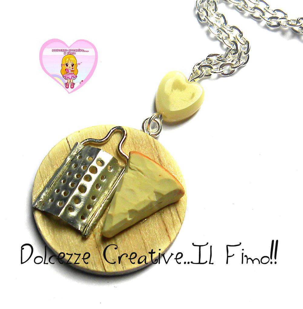 Collana tagliere Con formaggio e grattugia - con perla a forma di cuore