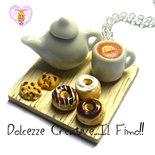 Collana Ora del Tè - Con teiera, tazze di tè al limone, cookie e donut, ciambelle al cioccolato
