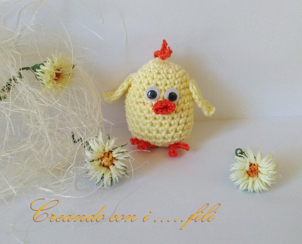Pulcino amigurumi giallo, tenero e simpatico, fatto a mano idea regalo