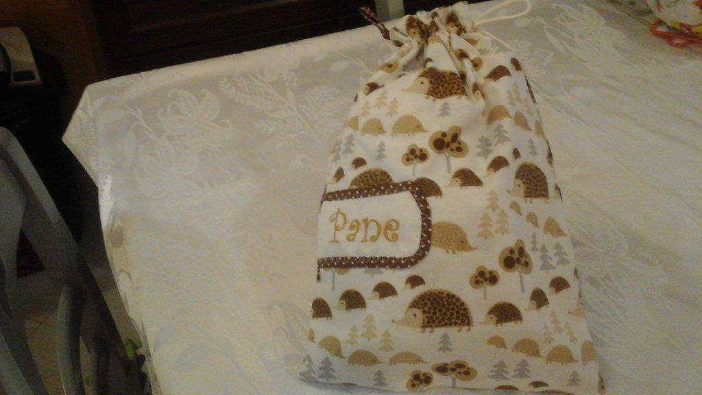 Sacca porta pane nei toni del panna