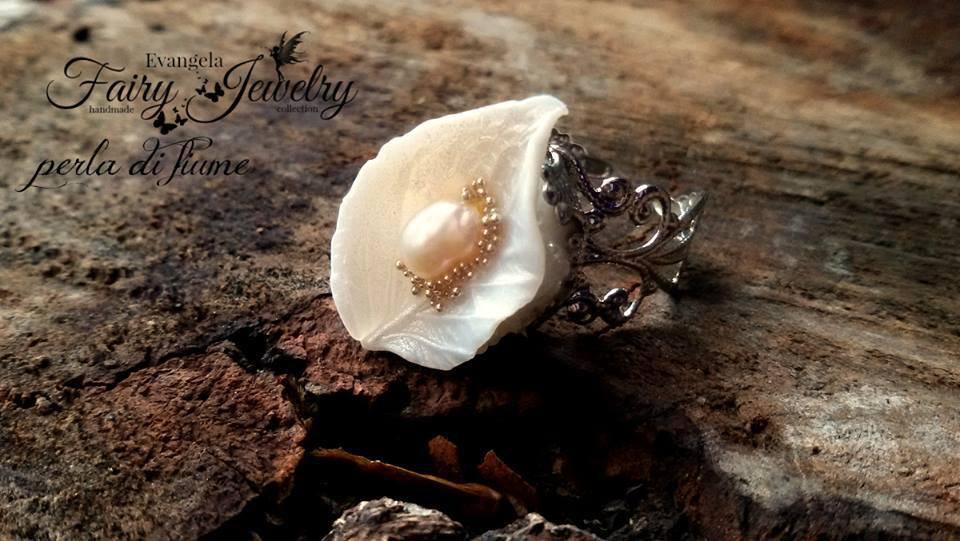 Anello foglia fimo pasta polimerica perla di fiume regolabile argento bianco