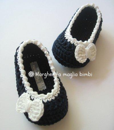 Scarpine ballerine neonata/bambina blu/fiocco bianco - uncinetto - puro cotone - Battesimo/cerimonia