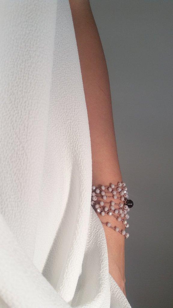 Collana cristalli realizzata ad uncinetto