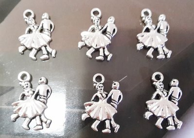 6 charms ciondoli 'Ballerini in coppia' argento tibetano