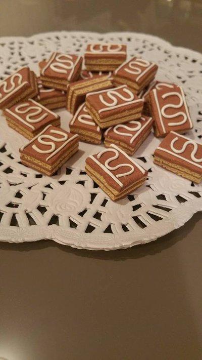 Ciondolo o calamita biscottini/dolcetti