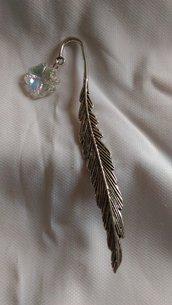 Segnalibro piuma con swarovski a forma di quadrifoglio