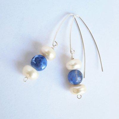 Orecchini pendenti in argento con agata e perle
