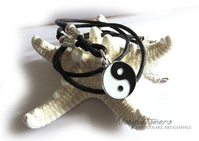 Collana donna uomo con ciondolo Yin Yang Tao simbologia cinese nero e bianco