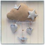 Fiocco nascita nuvola in cotone ecrù con stella,uccellino,farfalla e due cuori sui toni azzurri
