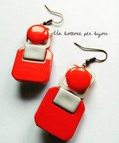 Orecchini con bottoni vintage anni '60 bianchi e rossi