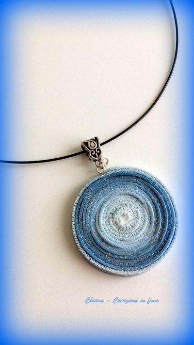 Ciondolo in fimo handmade Oceania sui toni dell'azzurro blu idea regalo donna Festa della mamma