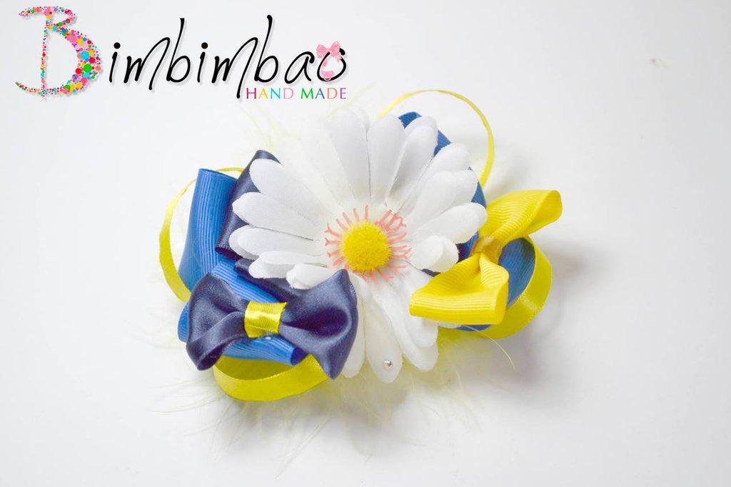 fiocco fermaglio molletta fermacapelli bambina ragazza in nastro con un grande fiore margherita bianco