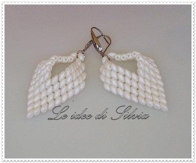 Orecchini pendenti bianco panna