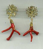 Orecchini pendenti con ramo di corallo vero rosso