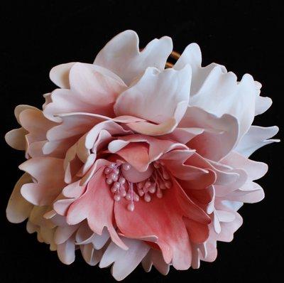 fiore di foam peonie