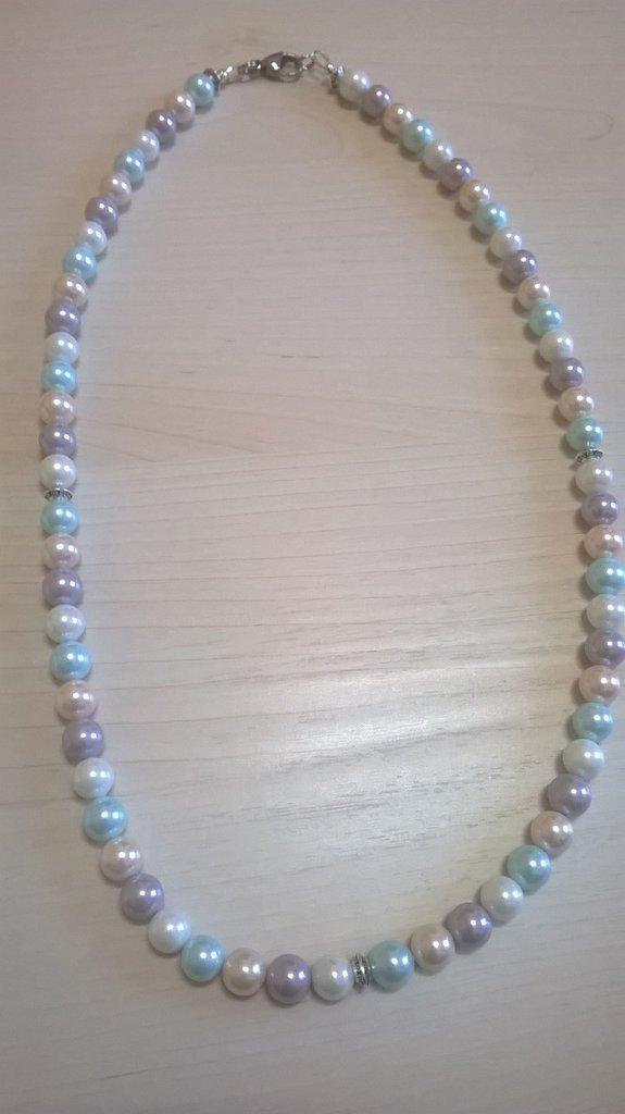 Collana di perle coltivate tonalità pastello