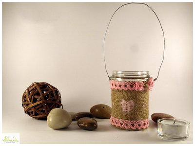Lanterna di vetro e tessuto di iuta, riciclo creativo