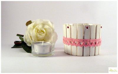 Porta candela in legno e scatolina in latta riciclata verniciata