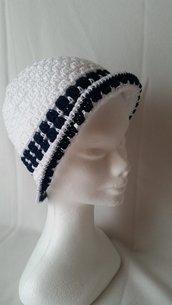 Cappellino in cotone bianco e blu