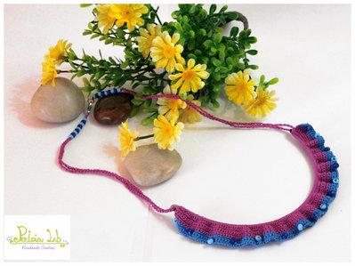 collana ad uncinetto con perline con perline