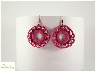 orecchini ad uncinetto con perline rosa