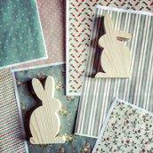 Set di 2 coniglietti in legno