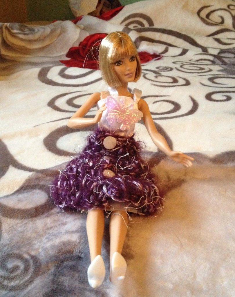 Vestitino di Barbie bianco prugna
