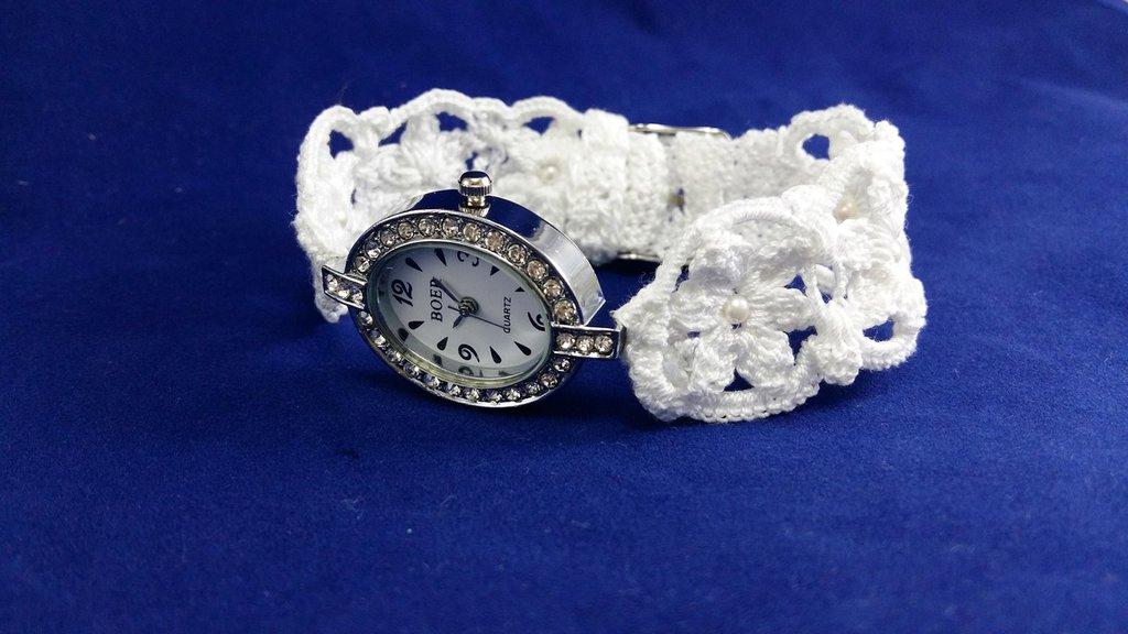 Bracciale nuziale da sposa fatto di uncinetto- Orologio bianco piccolo da cerimonia per damigella d'onore