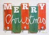 Appendiabiti in legno di recupero Merry Christmas