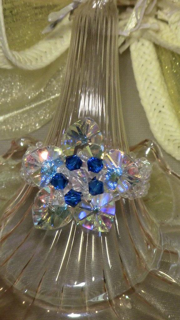 Anello swarovski cuori bianco e blu
